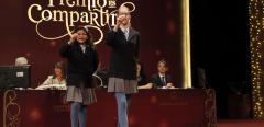 Nicol Valenzuela i Lorena Stefan han cantado el tercer premio
